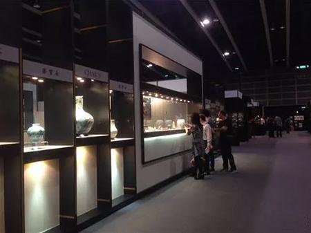 艺术市场爆发式增长,广州德鸿借力发展!